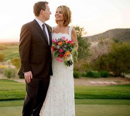 Michael Feldman with his wife, Savannah Guthrie in their wedding days