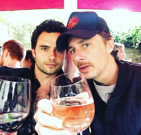 Zach Braff spending time with his friend.