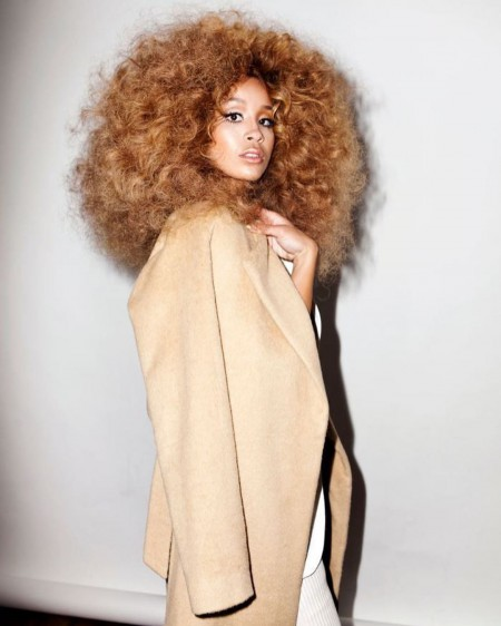 Jillian Hervey is promoting the New York Vintage clothing brand