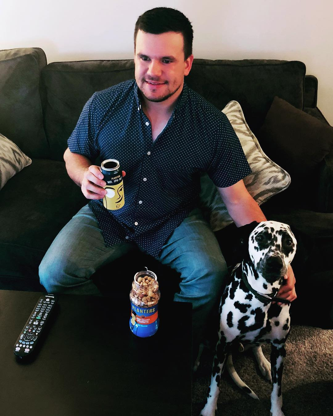 Kyle Schwarber with his pet dog, Peanut