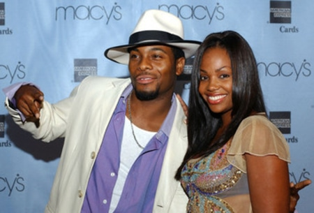 Tyisha Hampton with her husband Kel Mitchell at Macy's