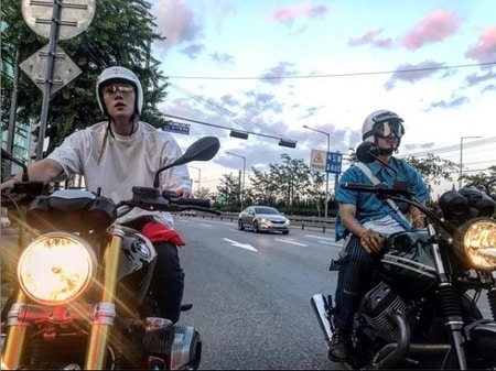 Ji Chang-Wook in his BMW bike with his friend