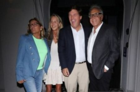 Susan Andrews and her husband, Tucker Carlson with their relatives