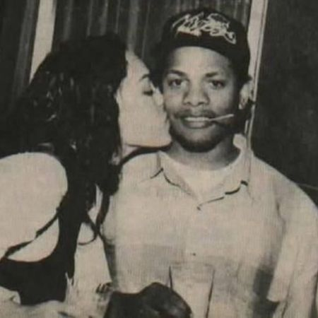 Daijah's mother, Tomica kissing her father, Eazy-E