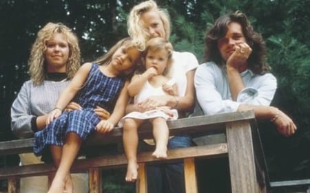 John Mellencamp and Victoria Granucci with their children