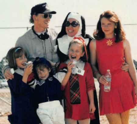 Howard Family while on a vacation. know about her family, children, spouse, wedding, spouse, husband