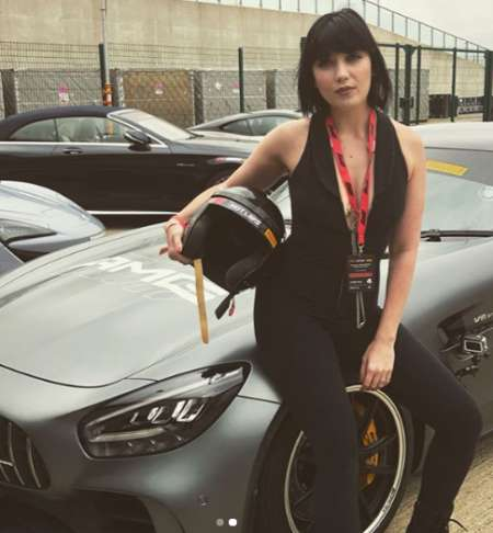 Lowe branding Mercedesbenzuk. Know more about Daisy Lowe net worth, income, expenses, total wealth and other personal assets.