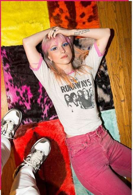 Hayley branding clothing line. Know more about Hayley Williams net worth, salary, wages, endorsement, and other sources of income