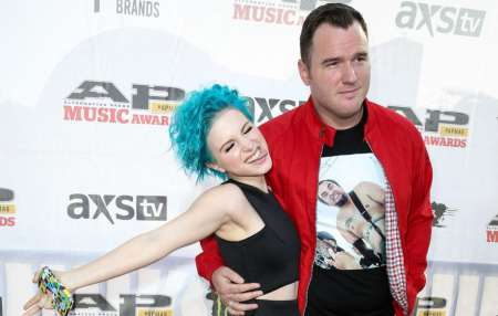 Hayley Williams and her former husband Chad Gilbert attending music awards. know more about Hayley Williams songs, youtube, age, marriage, husband, dating, and many other affair details