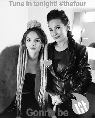 Zhavia and her mother. Know about her early life, parents, education