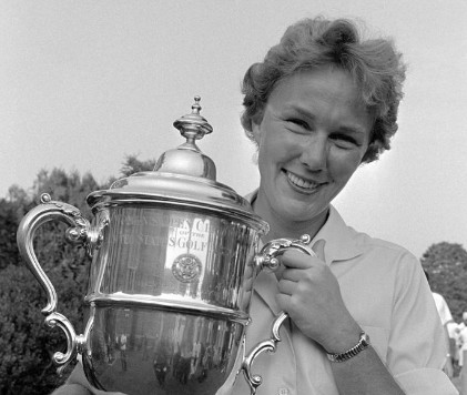 Image: Mickey Wright winning a trophy. Mickey Wright Bio, Wiki, Age, Height, Marriage, Husband & Net Worth