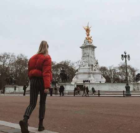 Maddie on a tour to Buckingham palace. Know about her net worth, salary, income, wealth, bank balance and many more