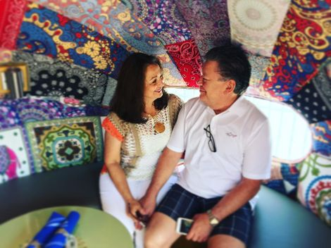 On 4 July 2016, Lisa Villegas wished her parents 30 years of anniversary via Instagram