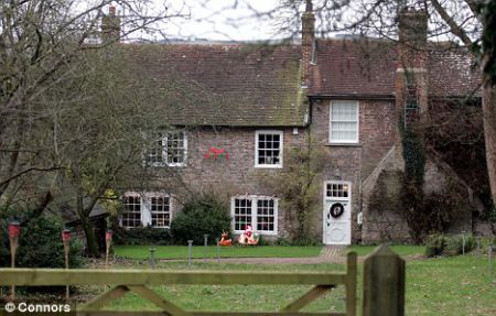 David Dimbleby's House in Polegate; Know about his net worth, income, salary