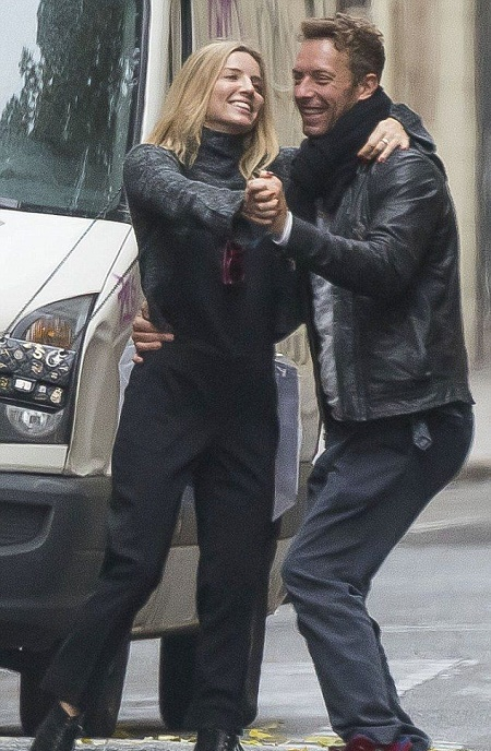 Annabelle Wallis with her former boyfriend, Chris Martin. Is Annabelle Wallis dating or does she has a husband?