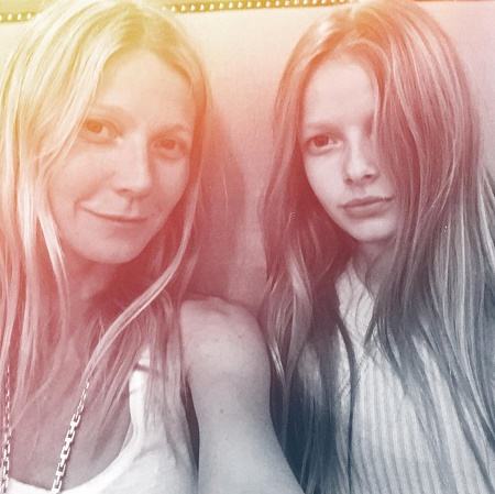 Apple Martin with her mother, Gwyneth Paltrow