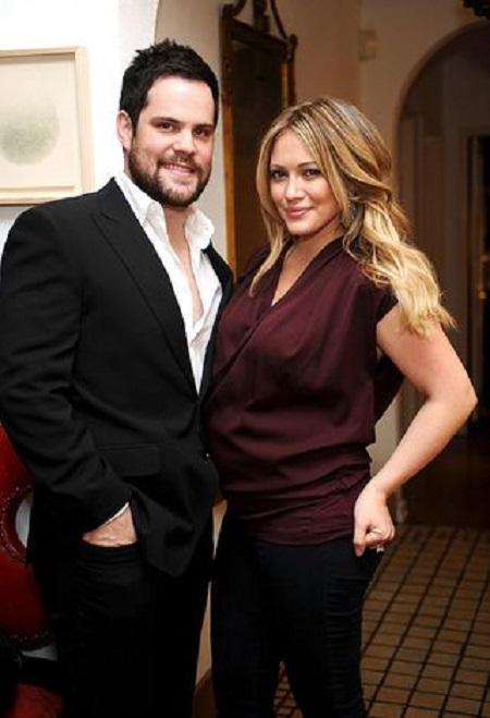 Mike Comrie with his wife Hilary Duff