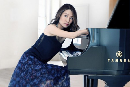 Soyeon Kate Lee, a classical pianist has won several awards
