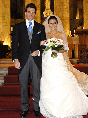 Lilia and her former spouse Luis Alayo during their wedding