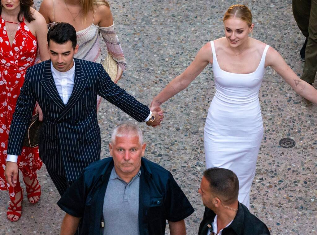 Joe Jonas and Sophie Turner at the wedding