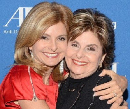 Image: Gloria with her daughter, Lisa Bloom