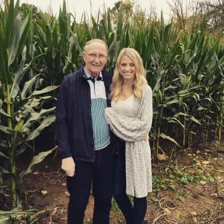 Carley Shimkus wished her dad, Edward Shimkus on the birthday occassion on October 16