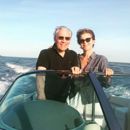 Bob Woodward and Elsa Walsh spent quality time in their Annapolis, Maryland residence. Know more about their married life.