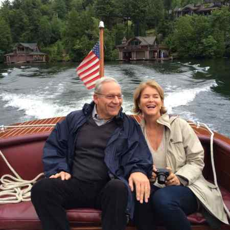 Bob Woodward with Elsa Walsh enjoying quality time while traveling on boat. How is the couple's wedding held?