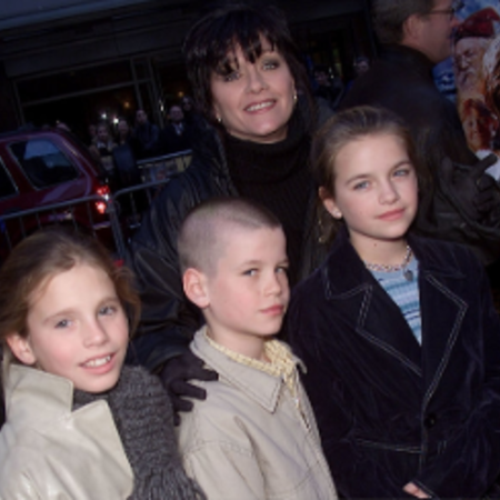 Patti and her three children, Alexandra, Liam, and Emmelyn