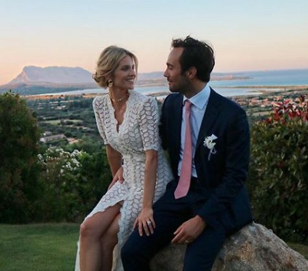 The Argentine actress Liz Solari first tied the wedding knot with her long-time boyfriend Walter Faraon June 2018.