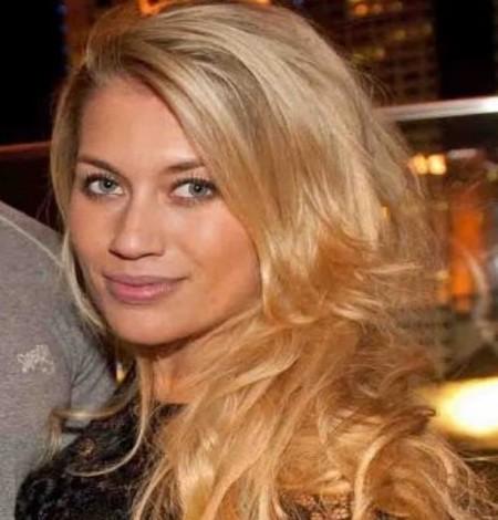 Meet Zelina Bexander Celebrity Wife Of A Dutch Mma Star Alistair Overeem Married Celeb Se telefonnummer, adress, karta, grannar, jobb mm. meet zelina bexander celebrity wife of