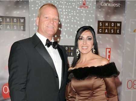 The businessman, builder, Mike Holmes, and her girlfriend Anna Zappia attended the 2008 Gemini Awards Gala.