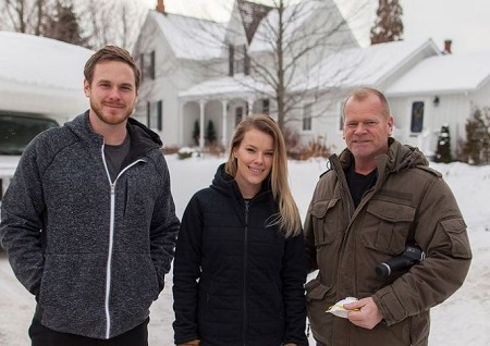 Mike Holmes (right) with her son Mike Holmes Jr (left) and daughter Sherry Holmes.