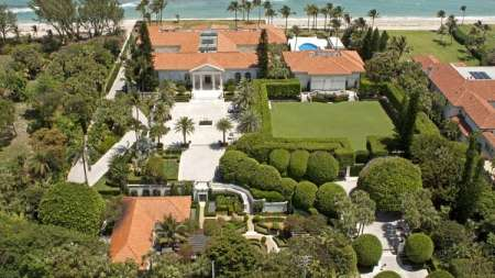Howard and Beth's $52 million house in Florida