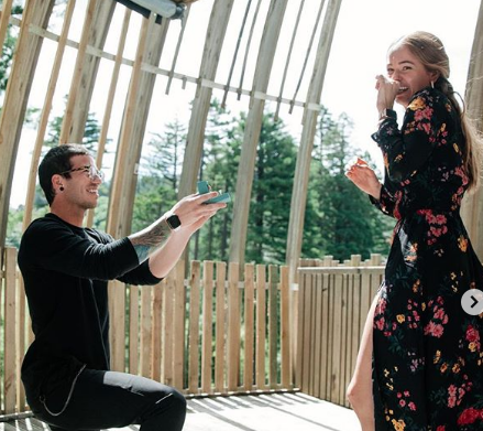Josh Dun Purposing His Future Wife Ann Ryan, engagement ring , Fiance