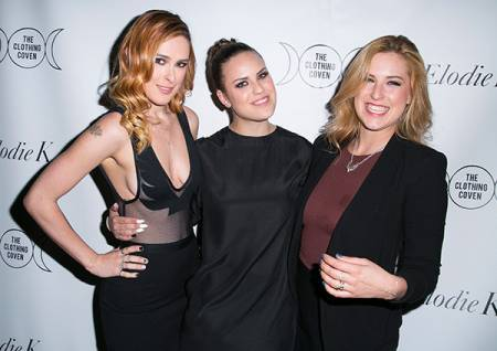 Rumer Willis with her sisters, Tallulah Willis and Scout Willis. Know more about their sober life?