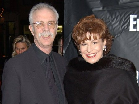 Steve Janowitz and his wife, Joy Behar has been married since 2011