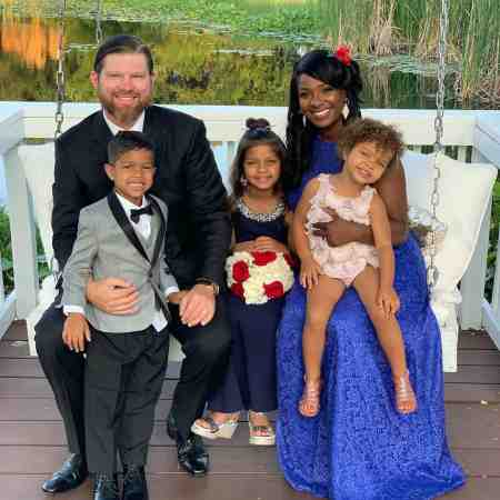 Lakeyshia Bertie and her husband, Adam Lind with their children. Do you know when the married couple's children were born?