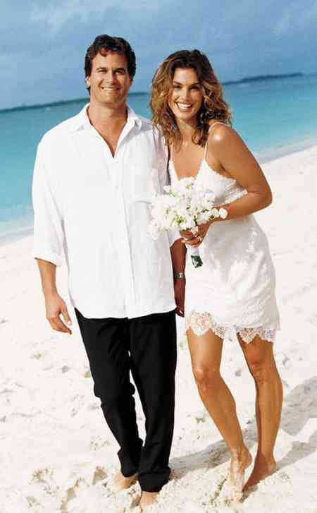 Rande Gerber with Cindy Crawford on their wedding day. Know more about the bridegroom's wedding details.