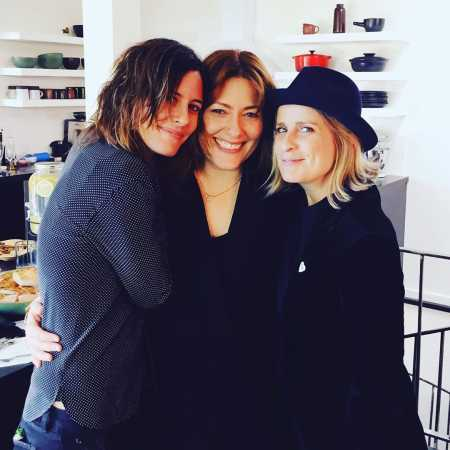 Katherine Moennig has two BFFs, Leisha Feldman and Jennifer Beals. Know more about Moennig's close relationship with best friends.