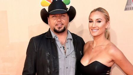 Jason Aldean's Second Married Life with Brittany Kerr