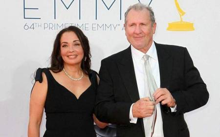 Ed O' Neill attending EMMY with his wife