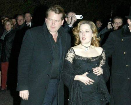 Julian Ozanne with Gillian Anderson
