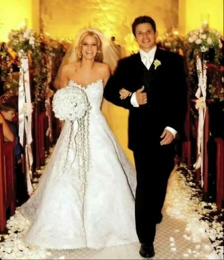 Jessica Simpson and Nick Lachey married from 2002 to 2006