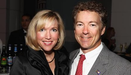 Kelley posing with her long-term husband Rand Paul