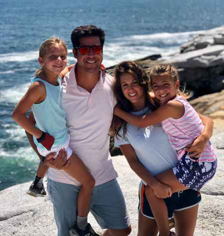 Jesse Watters with his daughters