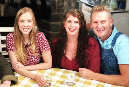 Rory Lee Feek's daughter, Hopie came out as gay. Know more about Rory's marital life as well as children.