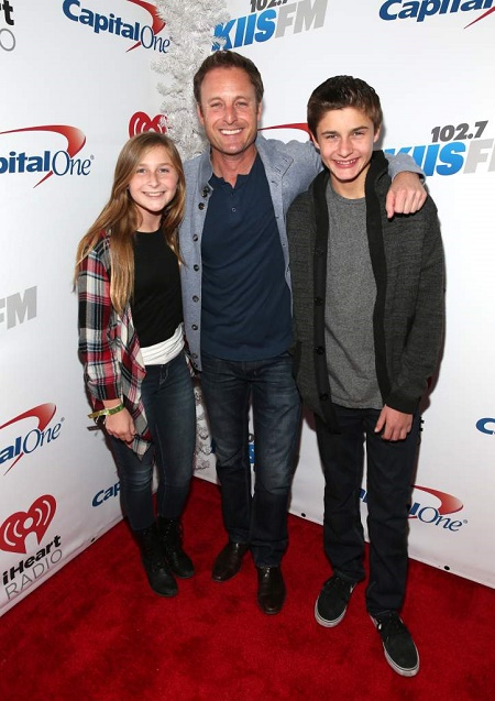 The Bachelor star, Chris Harrison shares two kids along with his ex-wife, Gwen Harrison
