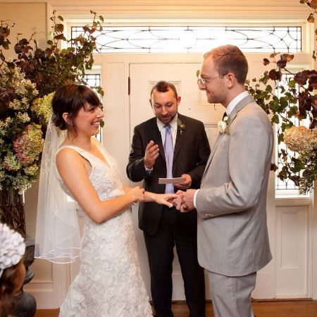 Jessica and Andrew exchanging their wedding vows