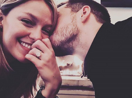 Melissa Benoist' flaunting her $100,000 engagement ring